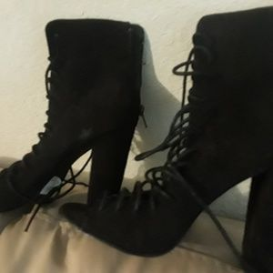 Lace-up/ Wide/ High Heels